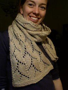 lg scarf, free patt, kim hargreaves @ Rav