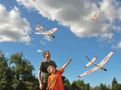 Folding-wing Glider: Rockets Up ... Glides Down