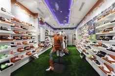 TAF football store by Mão Livre, Lisboa store design