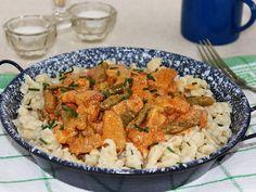 Temesvári sertéstokány recept lépés 8 foto Pasta Salad, Meat, Dinner, Ethnic Recipes, Food, Crab Pasta Salad, Dining, Food Dinners, Essen