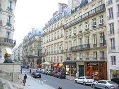Rue Saint Honore  1st Arr  Lux shopping + antiques