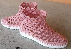 Lace Shorts, Knitting, Model, Fashion, Crochet Boots, Canvas Art, Over Knee Socks, Bangle Bracelets, Tejidos