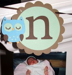 love the idea of displaying your kiddos photos for first twelve months in an adorable bday banner