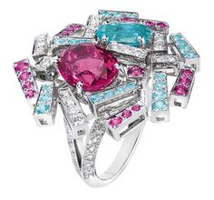 Chaumet Le Grand Frisson ring in white gold, diamonds, pink sapphires, tourmalines, center pink spinel, blue tourmaline