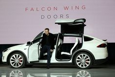 Tesla Model X's Falcon Wing entryways now open and close quicker because of programming upgrade
