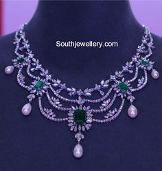 Latest Diamond Necklace Collection by Tanishq photo Real Diamond Necklace, Gold Diamond Earrings, Diamond Pendant Necklace, Diamond Jewelry, Diamond Necklaces, Emerald Diamond, Stone Necklace, Necklace Set, Real Gold Jewelry