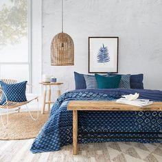 modern mediterranean homes Blue Bedroom, Dream Bedroom, Bedroom Decor, Hamptons Bedroom, Style Villa, Mediterranean Decor, Mediterranean Architecture, Bedroom Vintage, House Design