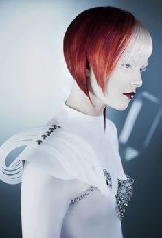 Felicitas Hair - FH 2212 #felicitashair #fh2212 #felicitas #equipo #eugeneperma #haircolor #цветныеволосы #окрашивание #styling #стайлинг  Hairdresser: Felicitas & Equipo Makeup: Trini F. Silva Photography: David Arnal Styling: Eunnis Mesa Products: Eugene Perma