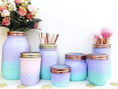 Mermaid Glass, Ombre Mason Jar, Mermaid Party Decorations, Makeup … - diy and crafts 2019 Pot Mason Diy, Mason Jars, Mason Jar Crafts, Glass Jars, Diy Makeup Decor, Makeup Room Diy, Makeup Ideas, Easy Makeup, Mermaid Bedroom