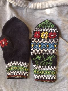 Samisk mønster Knit Mittens, Knitted Gloves, Knitting, Sweater Mittens, Tricot, Breien, Stricken, Weaving, Knits