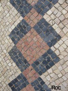 Faro Lagos roc2c amazing pattern pink stone geometric design padrão cor rosa e preto arte Portuguese pavement promenades