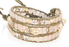 Antilopenleder in greige <3.2-fach Bracelet für €59.-- und Singlebracelet für € 43.-- Rosenquarz mit echten Süßwasserperlen, Bergkristall und 925 Sterlingsilber. Sterlingsilber, Bangles, Bracelets, Jewelry, Fashion, Pink Quartz, Crystals, Leather, Bangle Bracelets