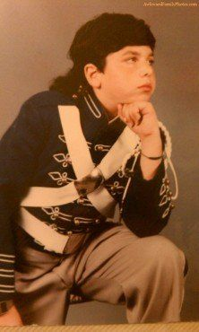 Awkward school pictures -- these are seriously funny.  =)