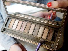 Trucs de Meuf: TUTO : se maquiller avec la naked 2, multiples pos...