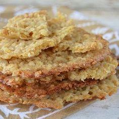 """Hola! Nueva semana, nuevas recetas! Hoy les traemos unas galletas de avena a las que llaman """"chatitas"""" porque como ven en las fotos qu..."""