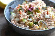 Spicy tunsalat med æg