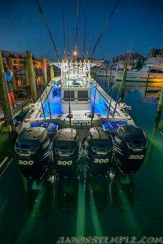 Early morning, ready to roll. Deep sea fishing Florida Keys