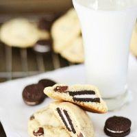 オレオ丸ごと!オレオを包んだチョコチップクッキーのレシピ