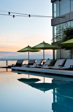 Do You Want Worldwide Vehicle Coverage? Sometimes You Pick A Hotel Based On The Pool. What's more, These Hotels Have Outstanding Outdoor Pools That Are Perfect For A Summertime Swim. Hotels And Resorts, Best Hotels, Hotel Pool, Beautiful Hotels, Summer Travel, Outdoor Pool, Be Perfect, Marina Bay Sands, Pools