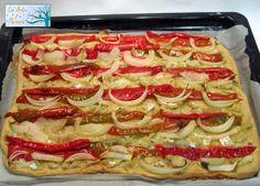 Ante Todo Con Arte y Paciencia: Torta de aceite de oliva con bacalao y pimiento