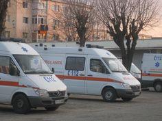 Ambulance Ploiesti, Romania Ambulance, Recreational Vehicles, Public, Van, Camper, Vans, Campers, Single Wide, Vans Outfit