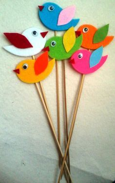 Wonderful Totally Free Paper Crafts birds Popular There exists a lot that you can do with cardstock when only you know these build tactics! Bird Crafts, Foam Crafts, Animal Crafts, Craft Stick Crafts, Preschool Crafts, Easter Crafts, Paper Crafts For Kids, Arts And Crafts, Felt Crafts Kids