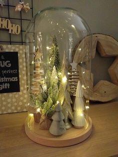 Stolp, kerstboompjes, kerstdecoratie