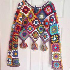 Reklam Ve Ürün Tanıtımı ➡️ Dm On Instagr - Diy Crafts Gilet Crochet, Crochet Cardigan Pattern, Crochet Blouse, Crochet Stitches, Hippie Crochet, Love Crochet, Knit Crochet, Crochet Designs, Crochet Patterns