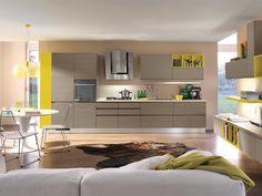 Gelbe Küche von Cucine Lube / yellow kitchen by Cucine Lube