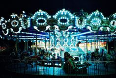 This is beautiful. I love carousels.