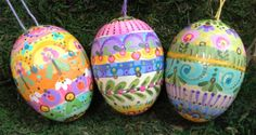 This egg is hand-painted in bright, spring colors. No two eggs are alike, though they are beautiful in a group.  I am happy to personalize an egg for you. If you would like an egg with a name, please contact me directly. I will paint one specially for you, similar to the one in the photo above.  I use eggs similar in size, weight and texture to a real chicken egg, ....it this egg will not break if dropped