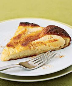 Oven Pear Pancake   For a true taste of fall, whip up one of these savory or sweet pear dishes.