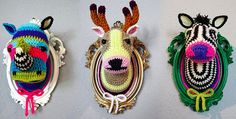 Crocheted Faux Taxidermy by Manafka Mina : Wantist : I'm thinking wrapping yarn around one of those paper mache mounts. Crochet Taxidermy, Crochet Deer, Faux Taxidermy, Crochet Animals, Crochet Crafts, Yarn Crafts, Crochet Toys, Crochet Projects, Knit Crochet