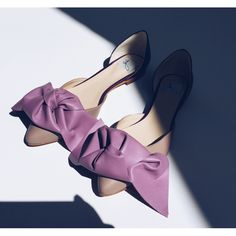 Leather flats with bow Big Bows, Leather Flats, Kitten Heels, Pumps, Shoes, Fashion, Moda, Zapatos, Shoes Outlet