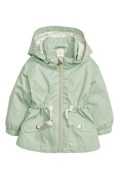 Parka in soft washed cotton twill. Detachable hood with a patterned lining. Zip at front mock front pockets and a drawstring at waist. - July 06 2019 at Kids Outfits Girls, Baby Outfits, Toddler Outfits, Baby Girl Fashion, Toddler Fashion, Kids Fashion, Fashion 2016, Fashion Shoes, Cheap Kids Clothes
