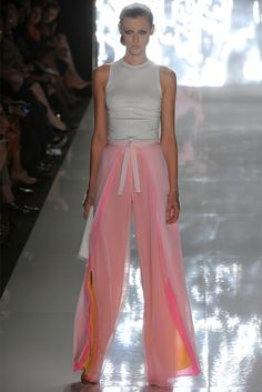 Chado Ralph Rucci - Spring Summer 2013 Ready-To-Wear - Shows - Vogue.it
