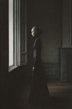 La 24esima Ora: La fotografia fiamminga di Desirée Dolron, Erwin Olaf e Anette Brolenius