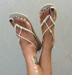 55a60677792fb5 Plata y oro boda decorado Flip Flop sandalias planas tanga Boho Shoes
