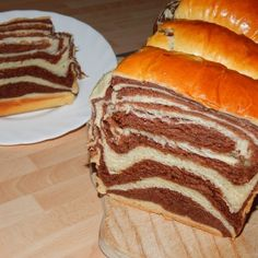 Hokkaido kalács recept Romanian Food, Romanian Recipes, Loaf Cake, Cheesecakes, Hot Dog Buns, Sandwiches, Cooking Recipes, Sweets, Keto