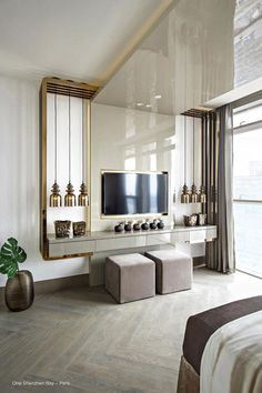 Kelly Hoppen is one of greatest interior design inspirations of all times. Her home projects are an unbelievable source of luxury interior design ideas Top Interior Designers, Home Interior Design, Interior Architecture, Interior Livingroom, Kitchen Interior, Modern Bedroom, Bedroom Decor, Contemporary Bedroom, Minimalist Bedroom