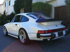 Porsche 930 RUF Slantnose. (Click on photo for high-res. image.)