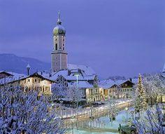 xmas in garmish germany | church in garmisch partenkirchen at dusk , christmastime , christmas ...