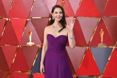Ashley Judd attends the Annual Academy Awards at Hollywood & Highland Center on March 2018 in Hollywood, California. Hollywood California, In Hollywood, Ashley Judd, Strapless Dress Formal, Formal Dresses, March 4, Academy Awards, Film Industry, Oscars
