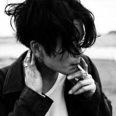 Photography Men Smoke Male Models Ideas For 2019 Beautiful Boys, Pretty Boys, Cute Boys, Cute But Psycho, Portrait Photography, Fashion Photography, People Photography, Aesthetic Boy, Jolie Photo