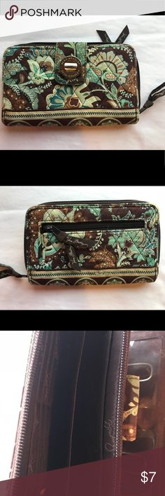"""🌲Vera Bradley Accordion Wallet Retired Pattern Java Floral Well loved. Wear around corners. Reflected in price. Excellent interior. 7.5x4.5""""   12 card slips. 2 bill slots, zip coin pocket, zip and toggle closure, ID window. Please review all pictures prior to purchase. If you have questions I'm happy to respond!! All Vera purchases are recorded in order to ensure a fair and equitable transaction for the buyer and seller. 🤗🤗 Vera Bradley Bags Wallets"""