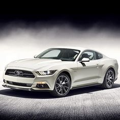 Ford : Mustang 50th Anniversary