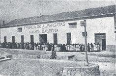 Figura 24. (Página 118).- Alpargateros de la fábrica de Ramón Calpena Cañizares. José María CANDELA GUILLÉN y Felipe MEJÍAS LÓPEZ, La Memoria Rescatada, Vol I, Pags. 150-151, Aspe, 2011.