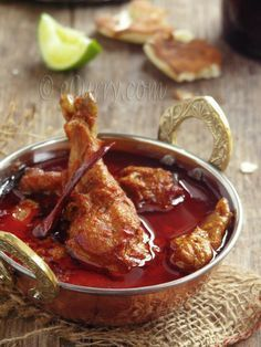Rajasthani Red Chicken Curry | For more SPICY ASIAN RECIPES go here http://pinterest.com/lindyasimus/foodie-curry-spicy-asian/