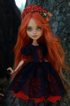 OOAK Monster High Puppe verkauft | Etsy Monster High, Howleen Wolf, Amanda, Creepy, Ever After, Dolls, Beautiful, Disney Princess, Etsy