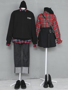 korean fashion fall outfits matching boy girl couple black red check button up shirt Fashion Couple, Teen Fashion Outfits, Look Fashion, Trendy Outfits, Cool Outfits, Fashion Design, Fashion Photo, Fashion Fall, Korean Fashion Trends
